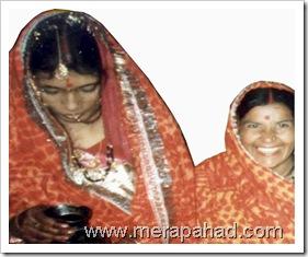 women_wearin_rangwali_pichoda